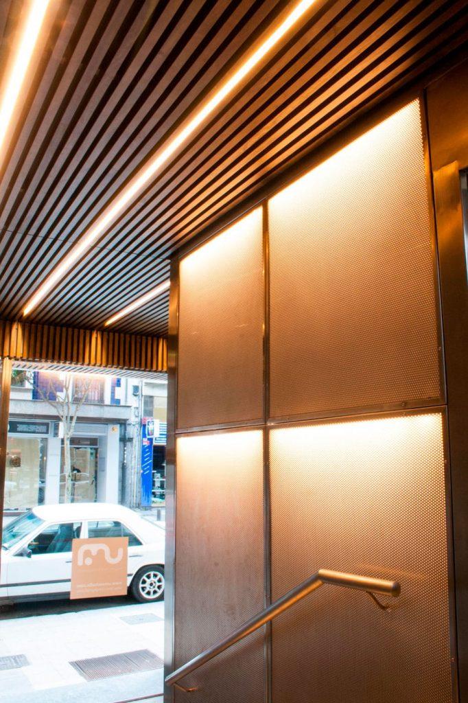iluminación ascensor